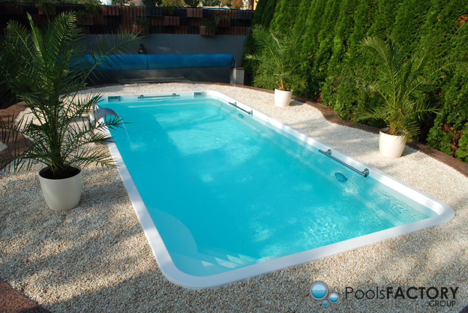 K in ground fiberglass polyester swimming pool venus 7 0x3 for Swimming pool manufacturers