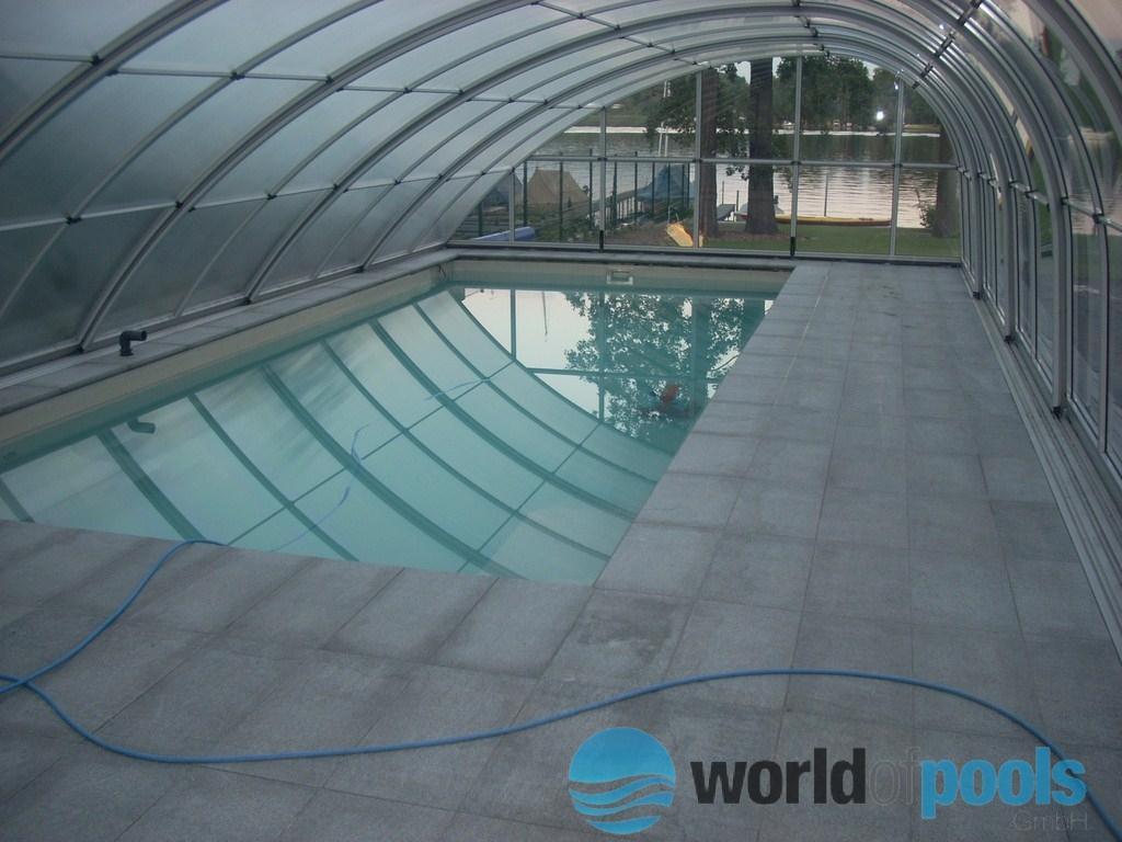 Gfk schwimmbecken uberdachung keramikpool ontario for Pool holzdekor
