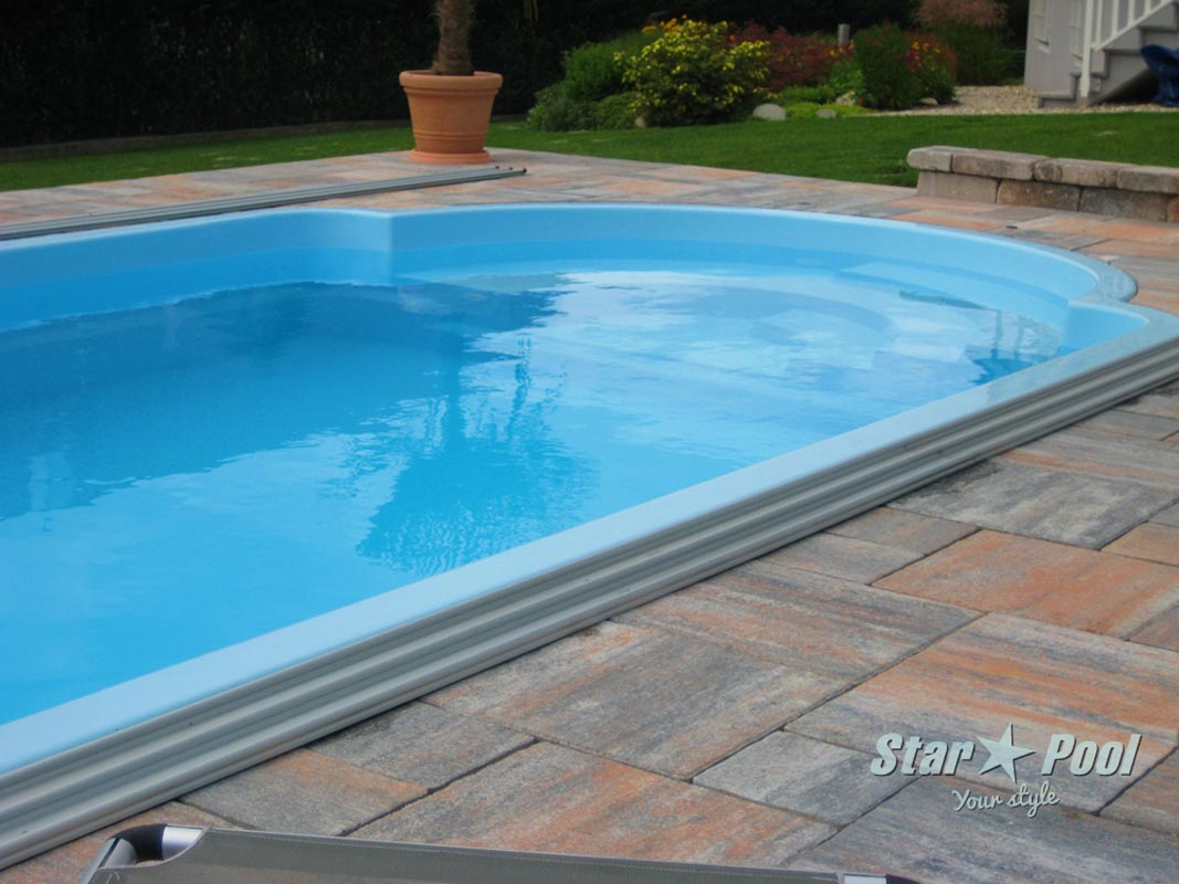 K in ground fiberglass polyester swimming pool helios 9 for Swimming pool manufacturers